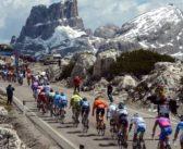 Giro d'Italia (a pedali) con i grandi scrittori del Novecento