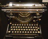 Scrivere è sostare sul bordo di un precipizio